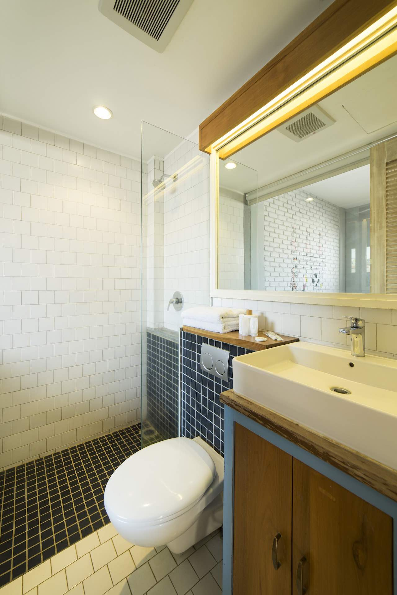 Scandinavian Bath